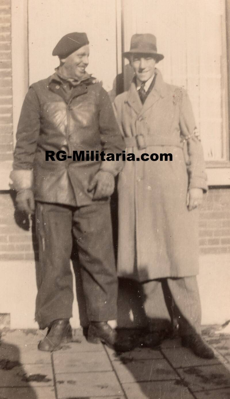 Photo - LBD with allied soldier