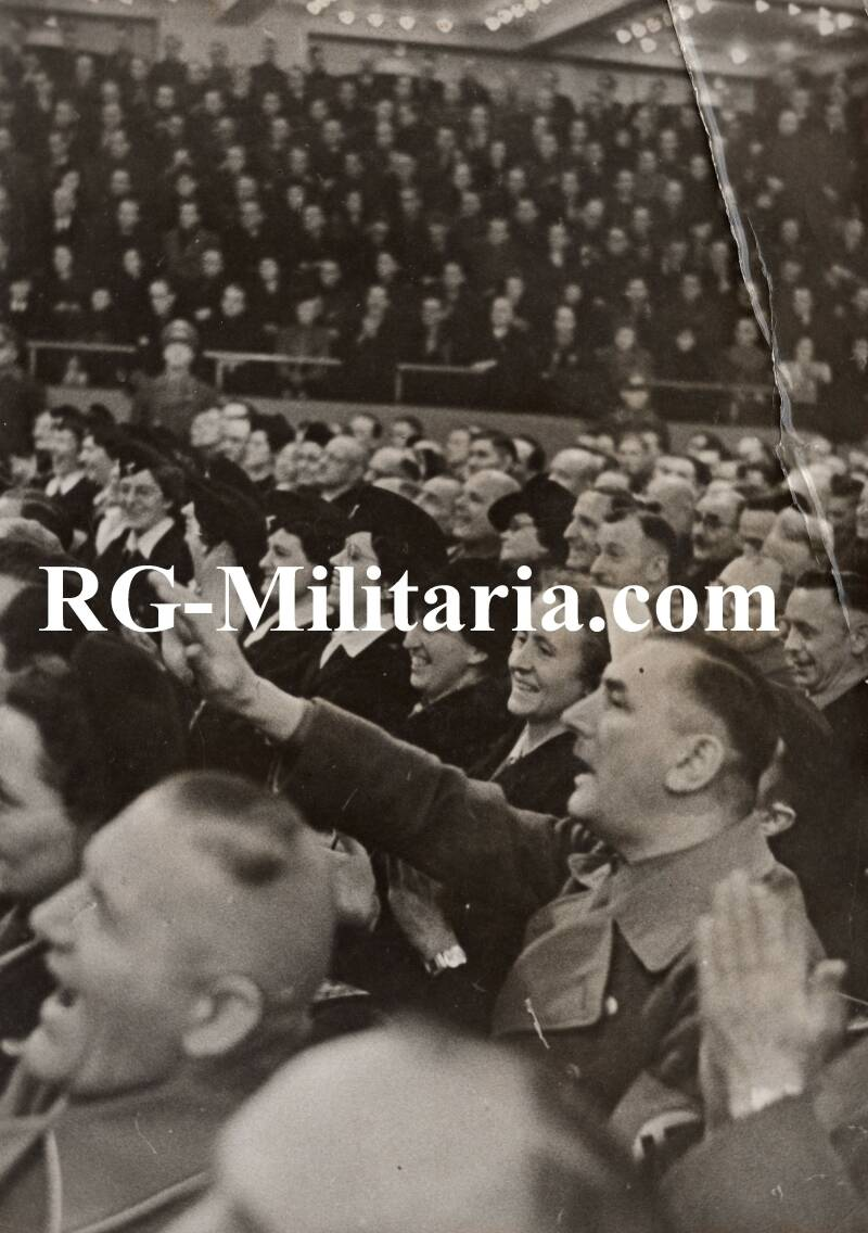 Press photo - Hitler speech 30th of January 1942 crowd in the Berliner Sportpalast