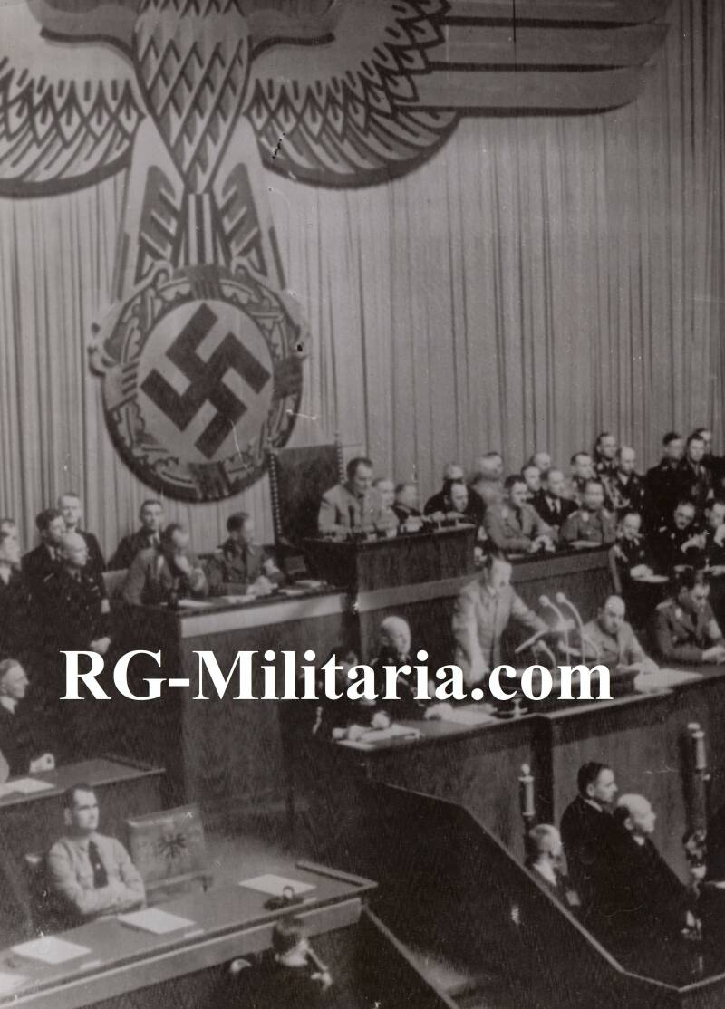 Press photo - Hitler speeching 1937 in the Reichstag