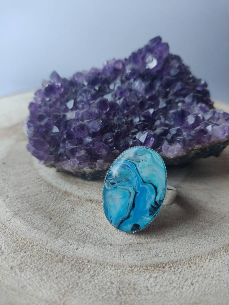 Silver plated ring met blauwe Acrylic Pouring cabochon