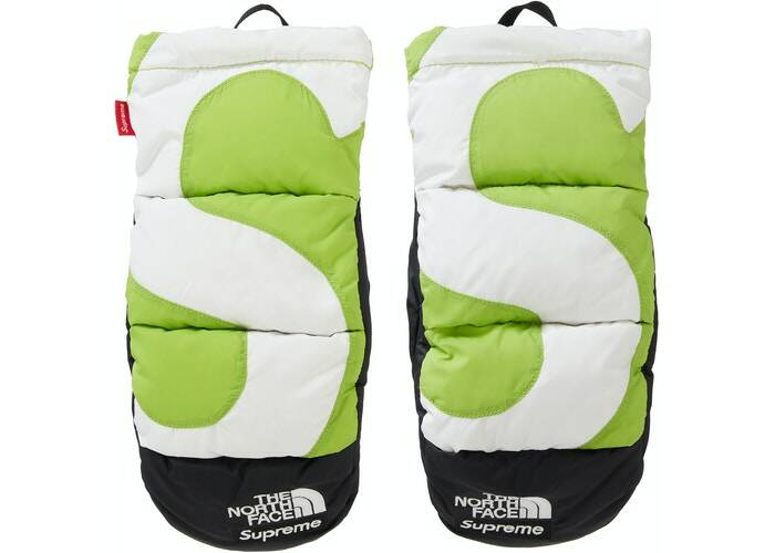 Supreme The North Face Mitts Green