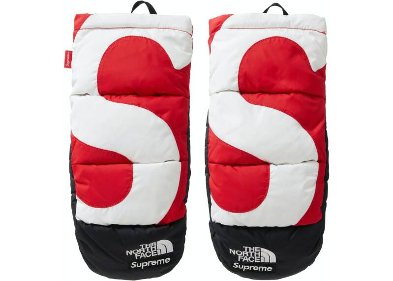 Supreme The North Face Mitts Red