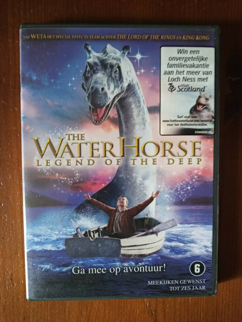 "The Waterhorse Legend of the Deep   ""zo goed als nieuw!"""