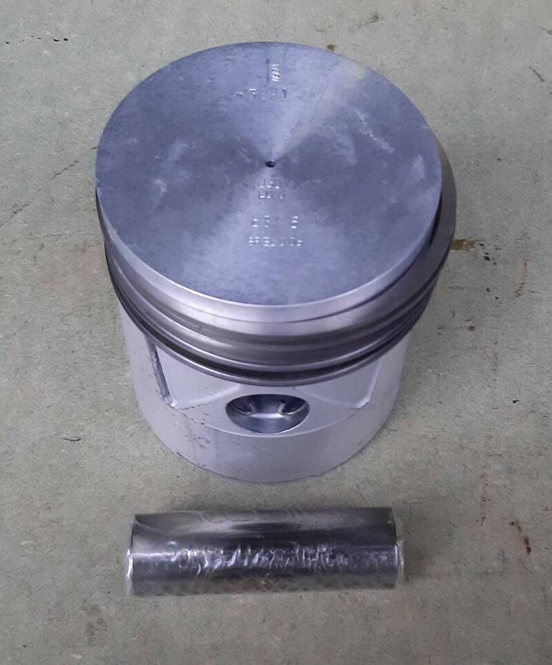 G502/G507 Piston, engine 0.030 oversize With pin and piston rings
