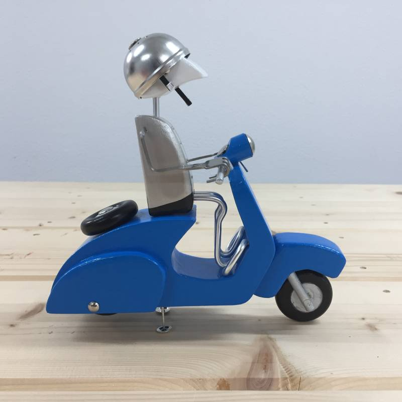 Vespa Spooney, C766.19 Vespa Owners Club edition