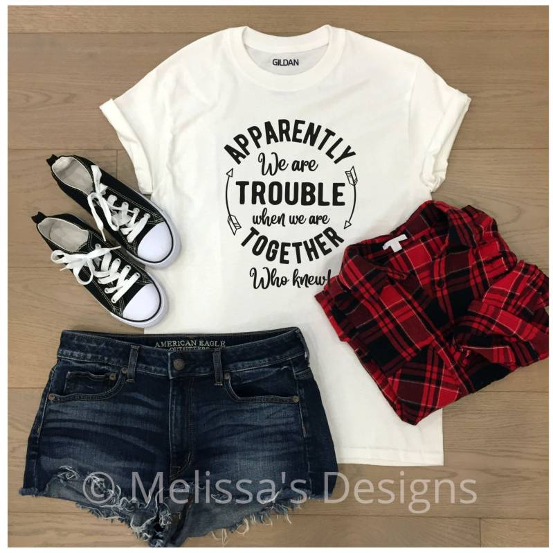 Dames t shirt We are trouble