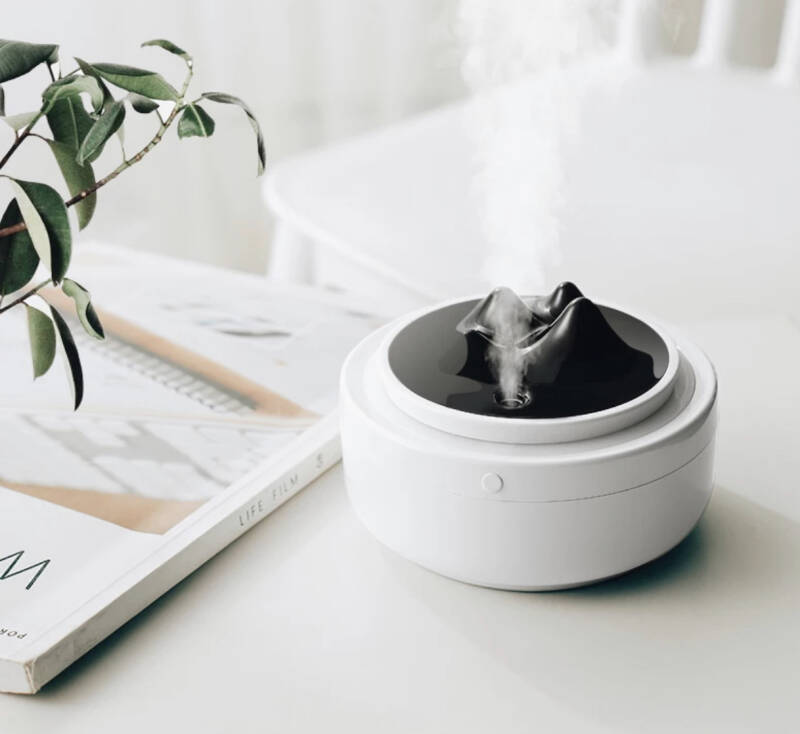 Aroma Diffuser- White & Black Mountain