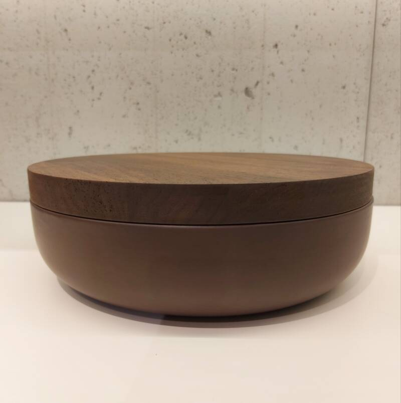 Wow VVD-pottery large brown ø30 / walnut lid 3073