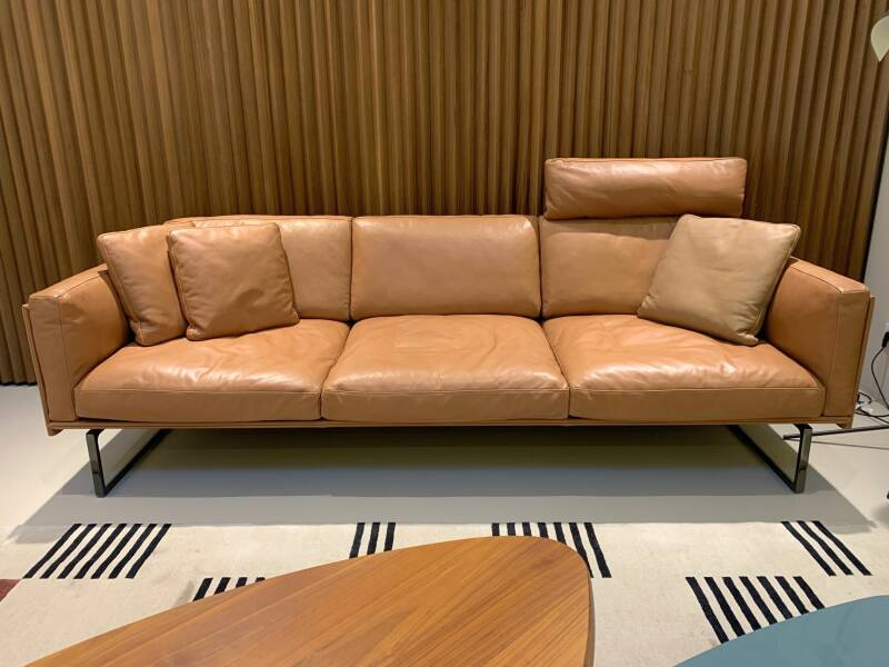 Cassina Otto (8) sofa - showroommodel 2021