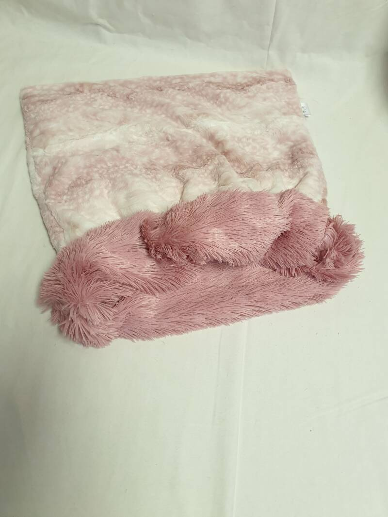 Fawn Rosewater / Shaggy Dusty Rose