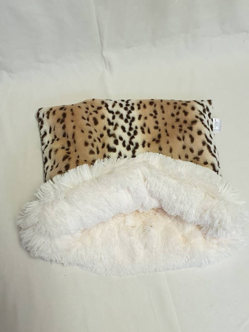 Soft Snow Leopard / Shaggy Ivory