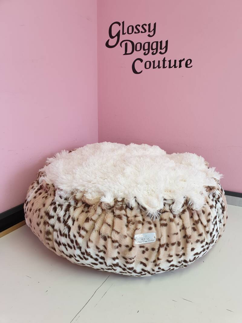 Show Leopard/Ivory Shaggy