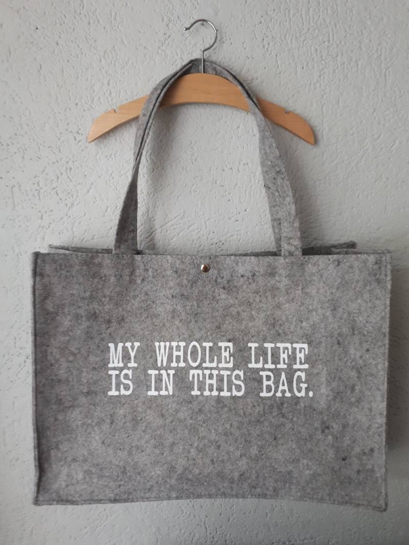 vilten tas my whole life in this bag