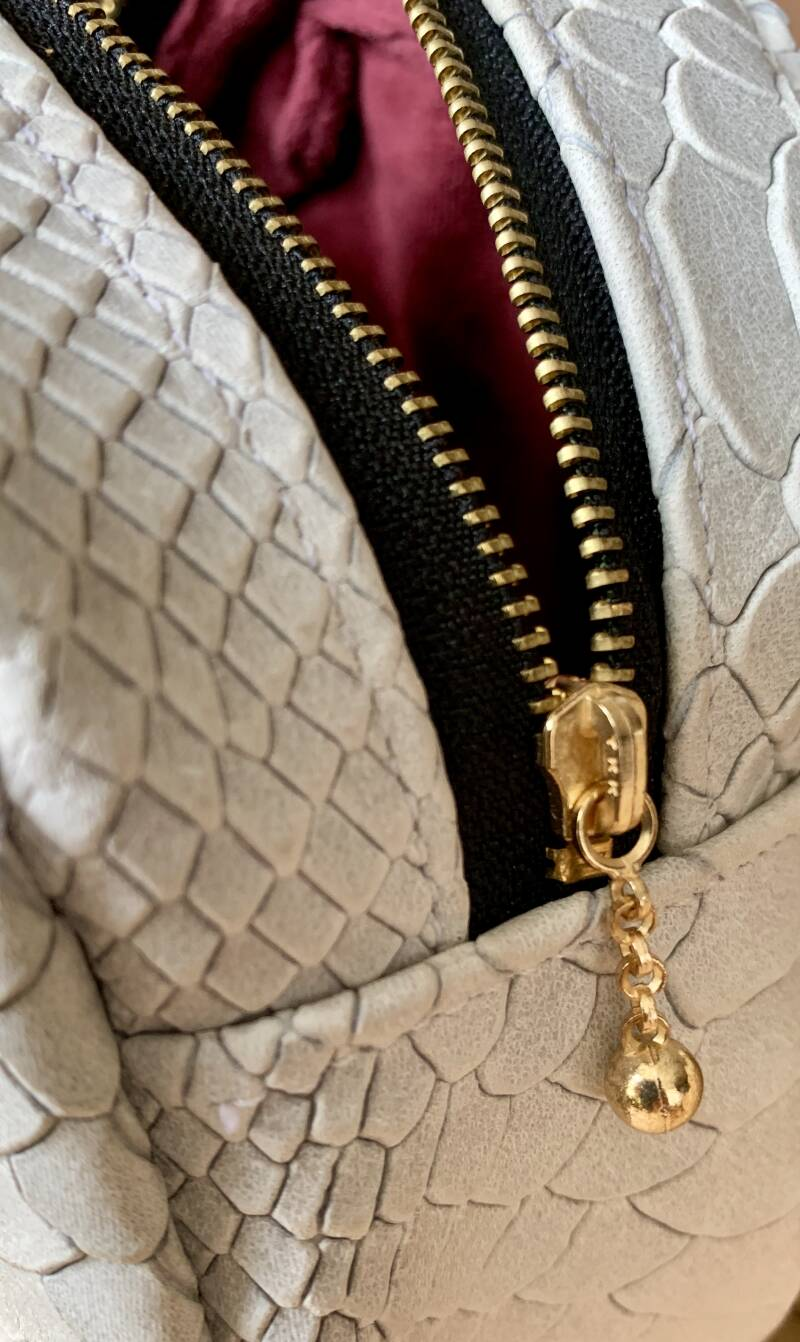 IMOAN clutch | White Rattle Snake (gold)