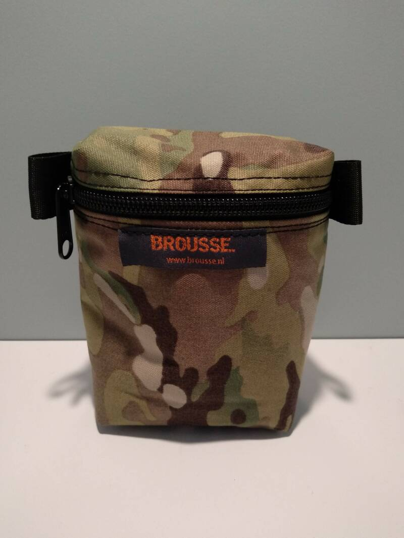 Front zipper pouch multicam - small