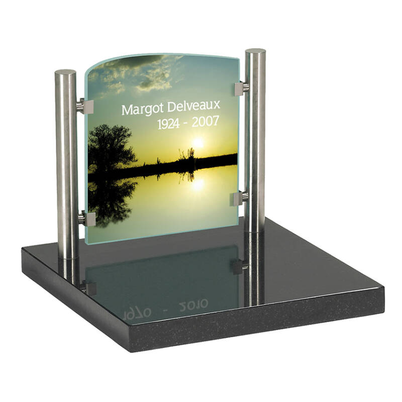 Urnengrafmonument met Full Color glasplaat 31x35cm