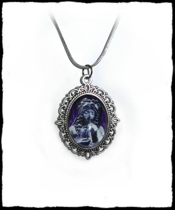 Necklace Stone Lady
