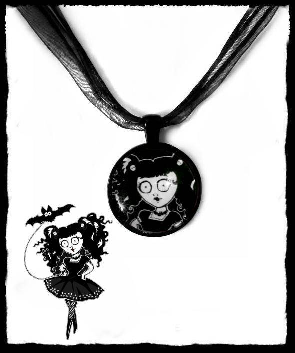 Necklace round Doll black