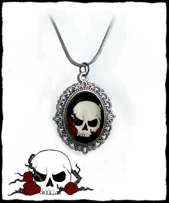 Necklace Evil skull