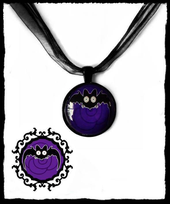 Necklace round Long wing Purple Rose Batty