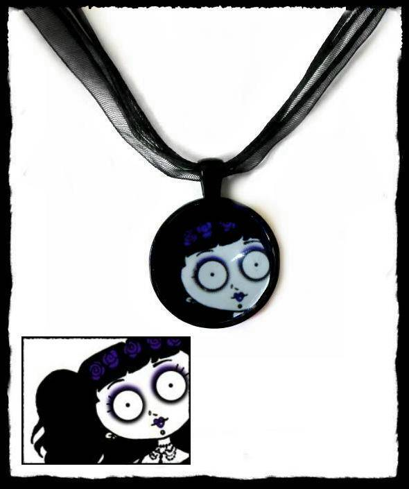 Necklace round Peek a Boo