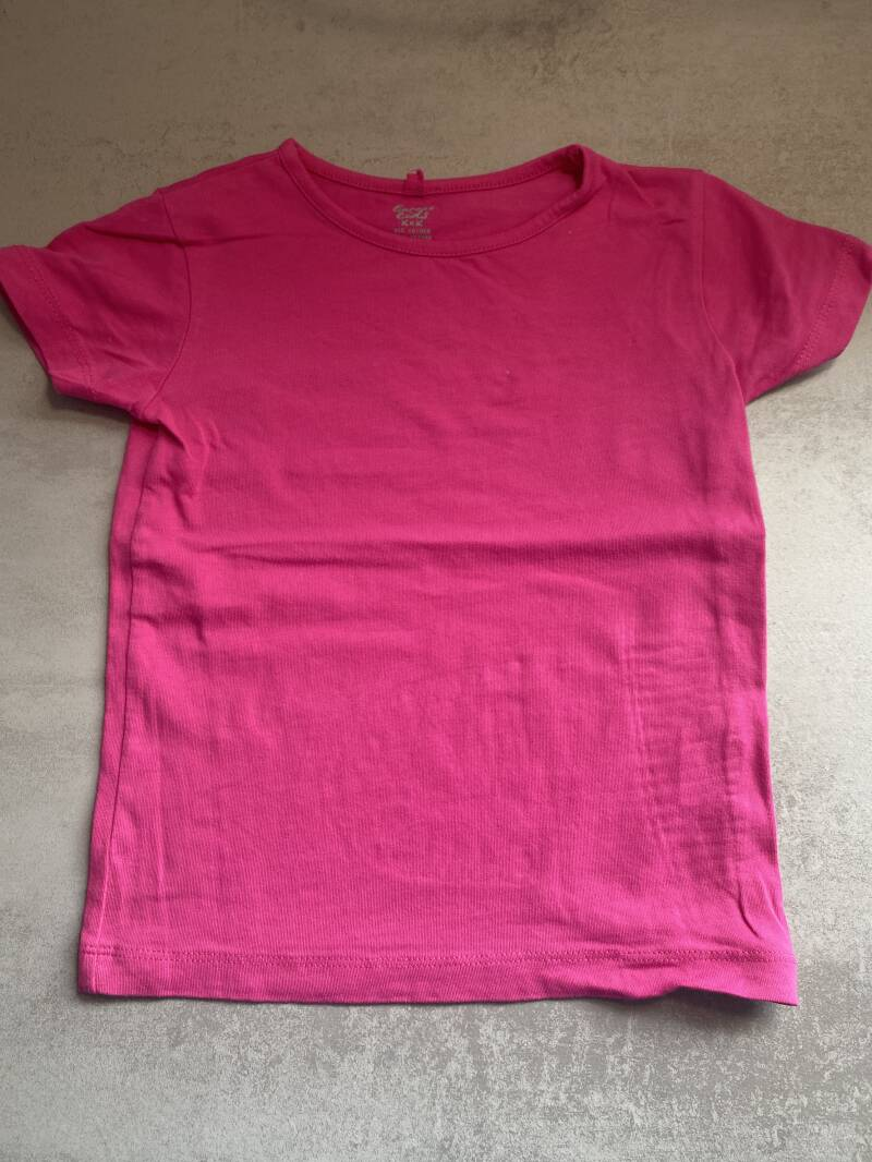 Roze shirt Europe kids maat 110/116