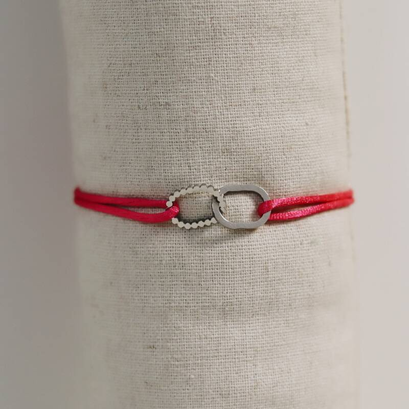Satin bracelet with silver oval (more colors)