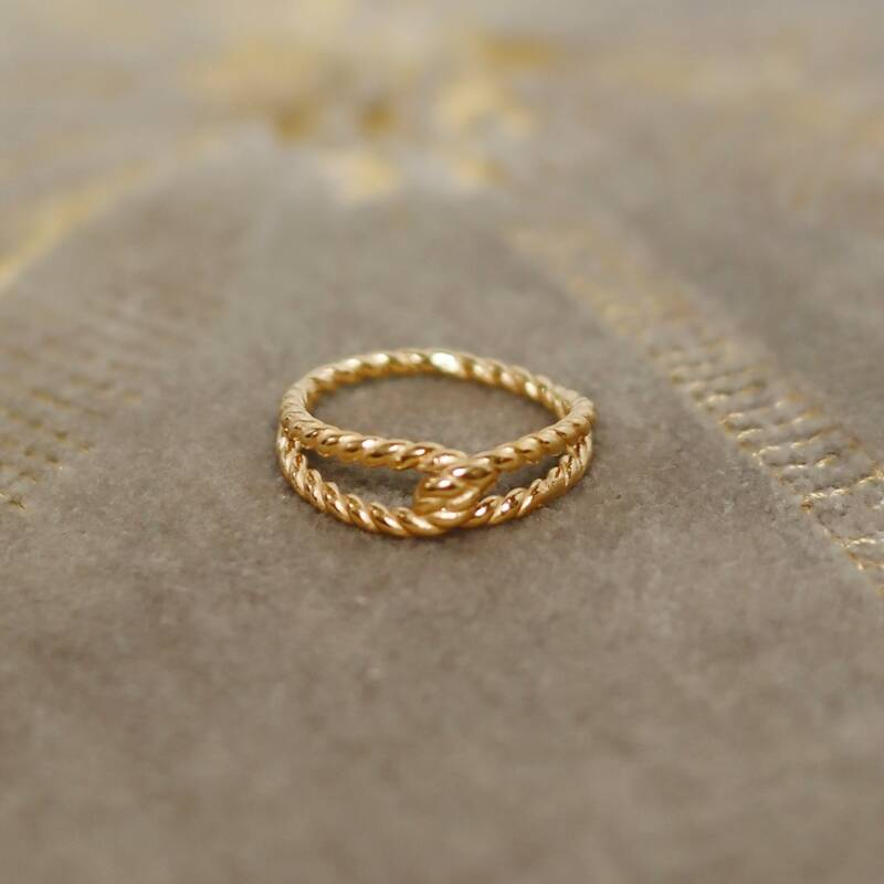 Golden twisted ring