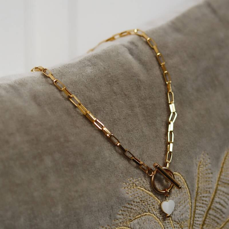 Golden chain with little heart necklace