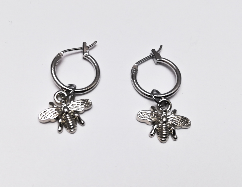 'Bee' silver