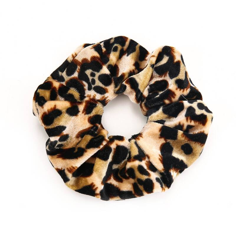 Velvet panter scrunchie