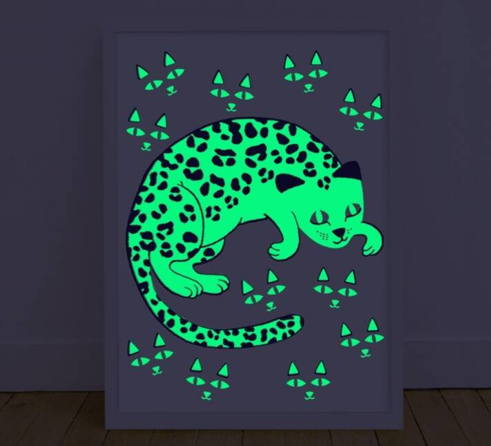 Poster glow in the dark