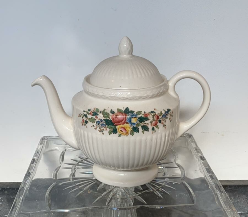 """Theepot, Wedgwood """"Conway"""""""
