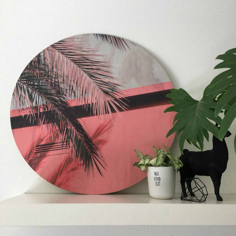 Palm Tree with House op hout
