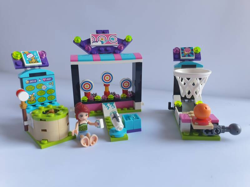 Lego Friends Pretpark spelletjeshal