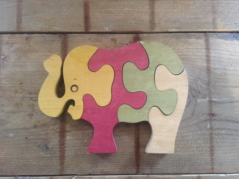 Houten puzzelolifant