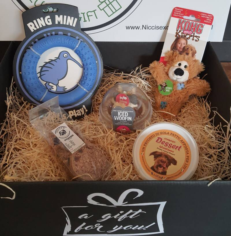 The Brown Bear with the Ring Giftbox