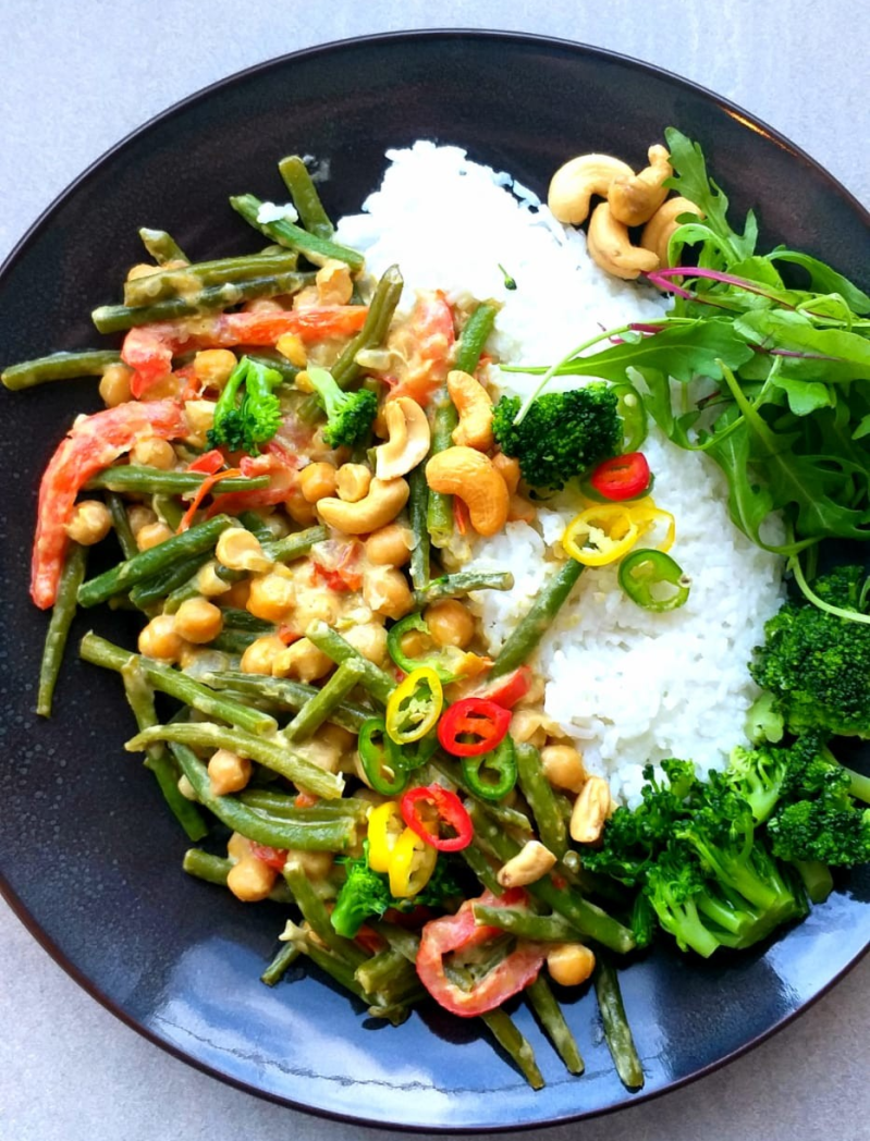 Vegan crunchy green curry ( 5 porties )