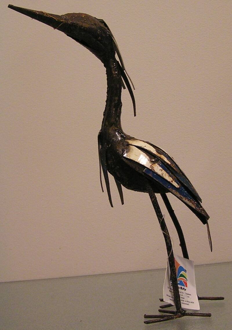 Scrap metal Blue and white Reiger 32x20