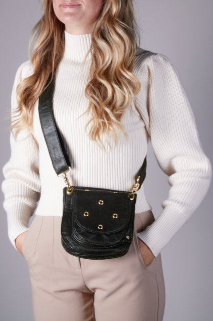 Depeche - Crosover bag with eyelet studs
