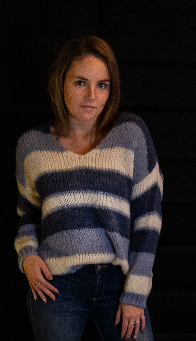 3 color Knitted pull ; bleu