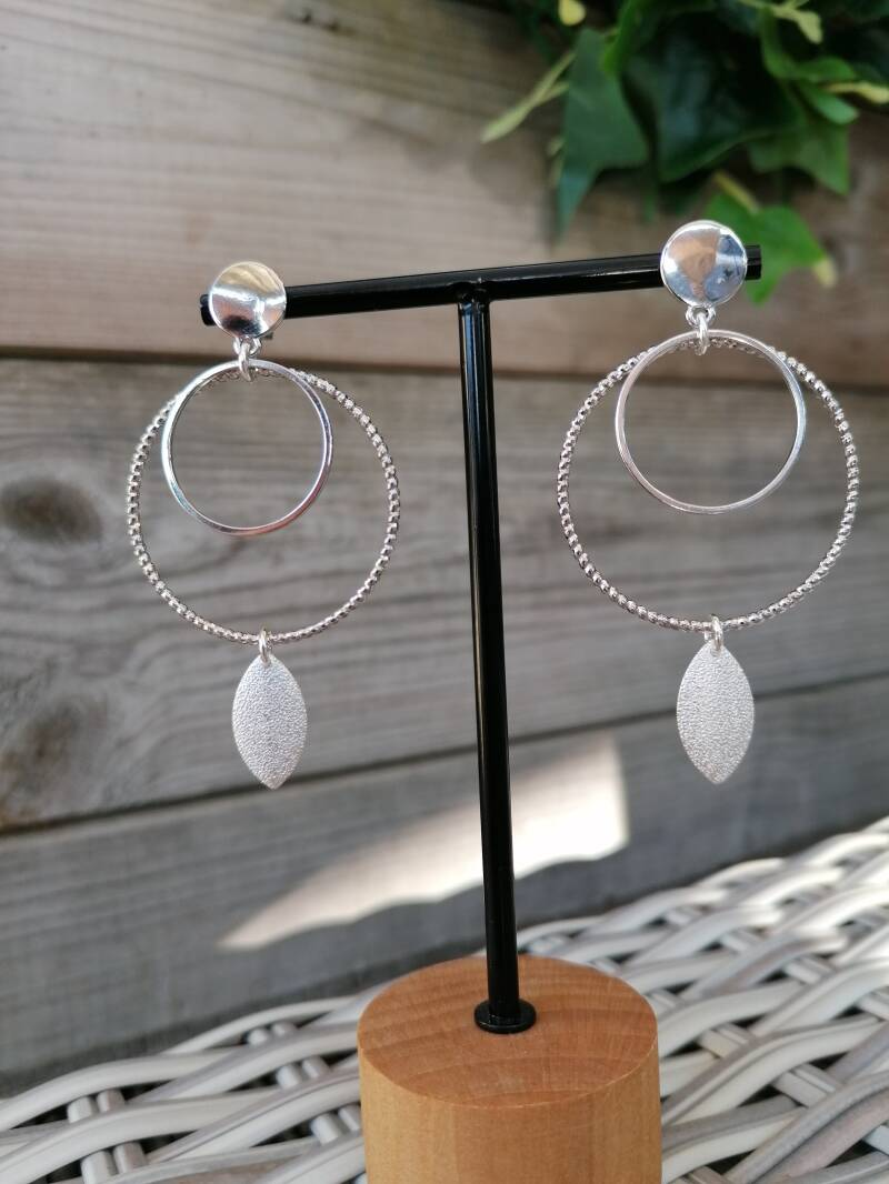 Silverrings with leaf