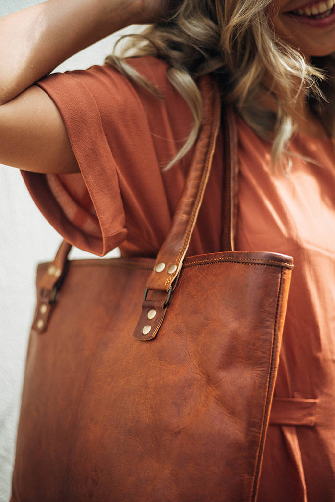 Shiva Leather Shoulder Bag