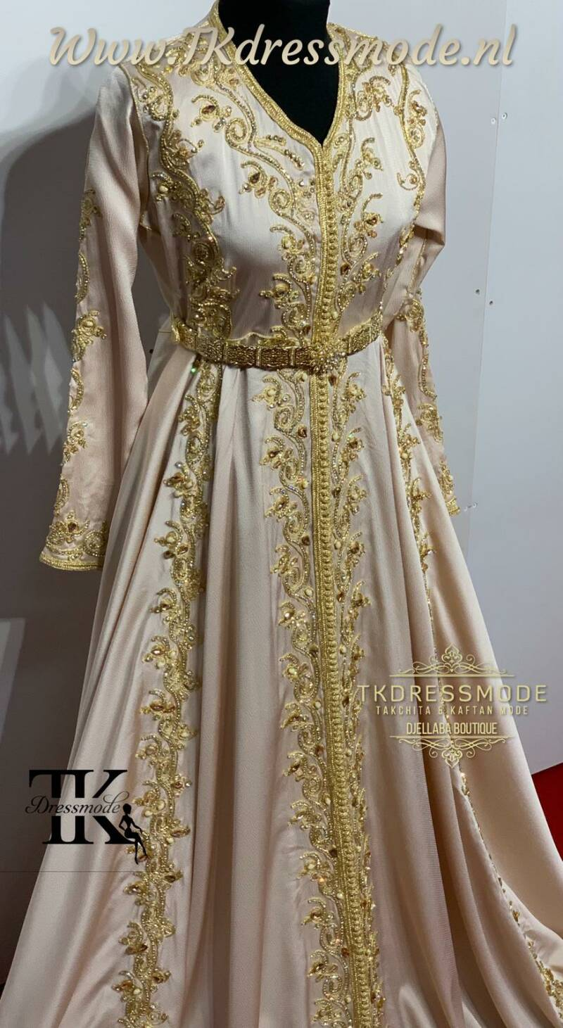 Baljurk Kaftan Dress  (crêpe satin)          Art. Nr 1.0011