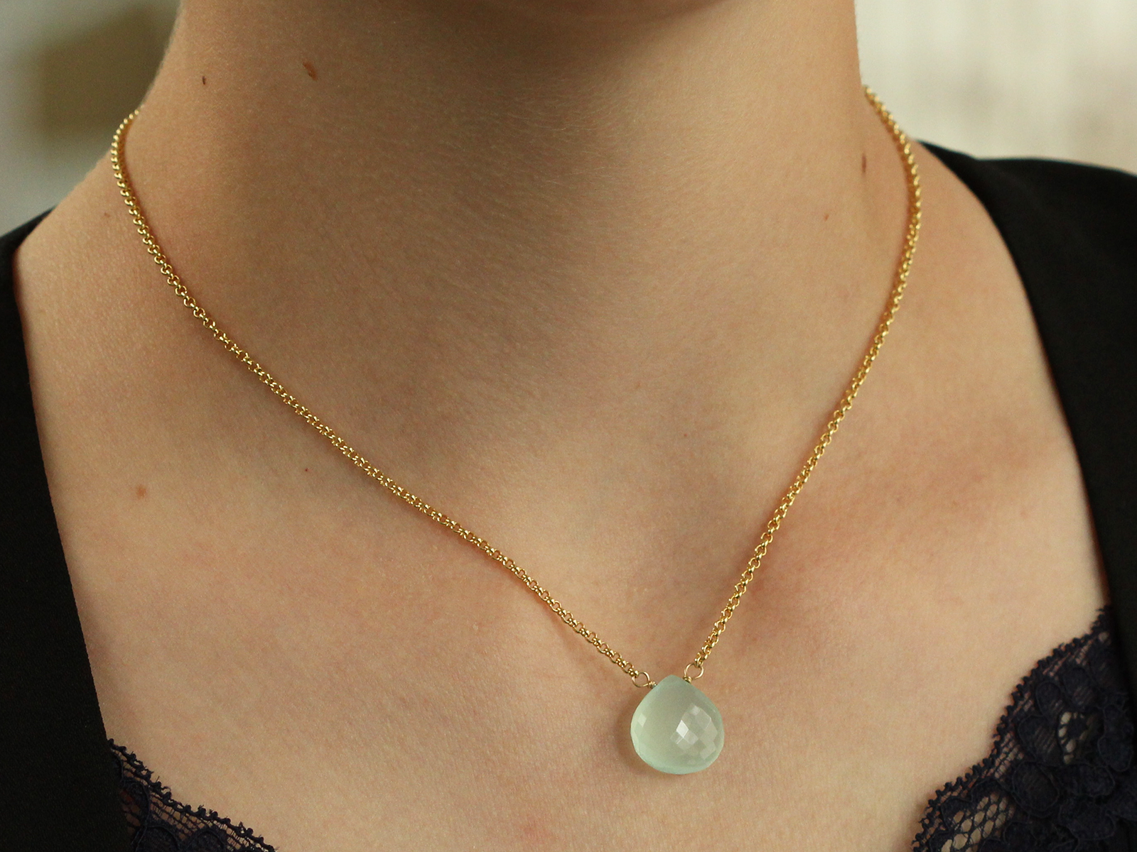Blue faceted Chalcedony gold linked one strand necklace