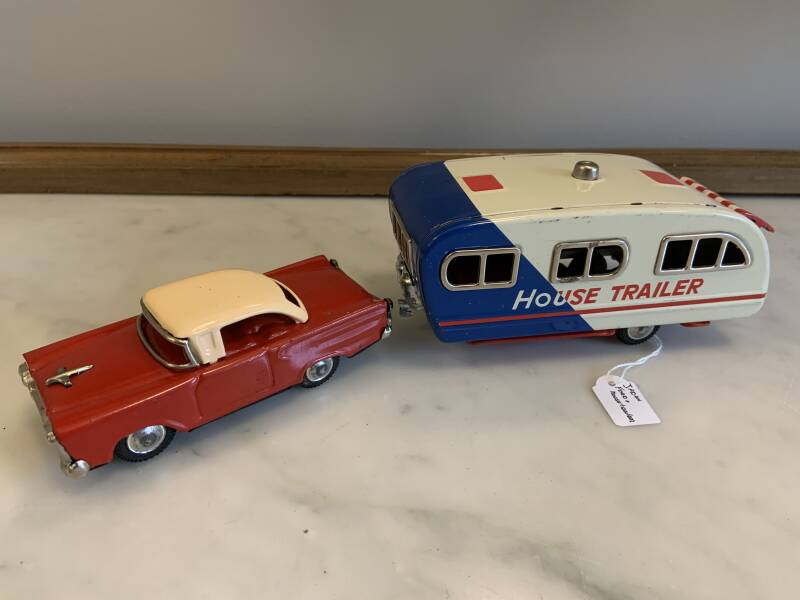 Ford met House Trailer