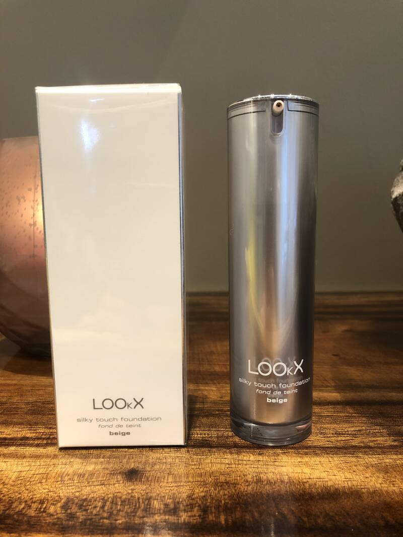 Lookx Silky Touch Foundation : Beige