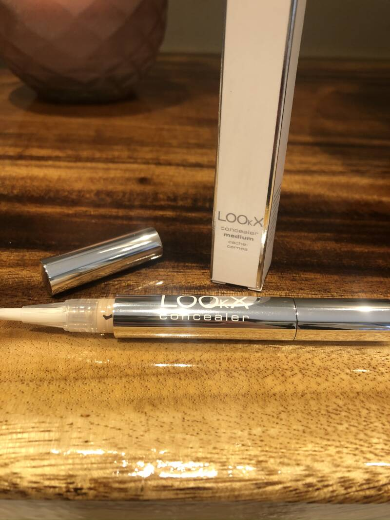 Lookx Concealer : Medium