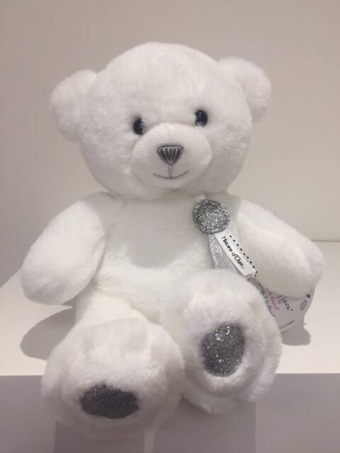 DouDou Charms beertje Wit 24 cm