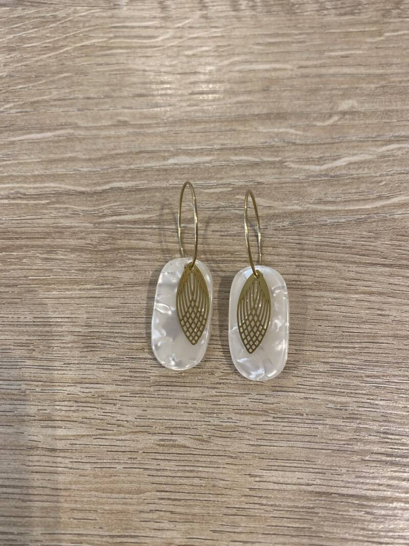 The Oval White Earring